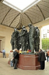 RAF Bomber Command Memorial, Green Park, Wikipedia Commons