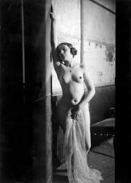 In den Folies-Bergères, 1931/32