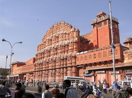 Jaipur_Palast_der_Winde_wiki