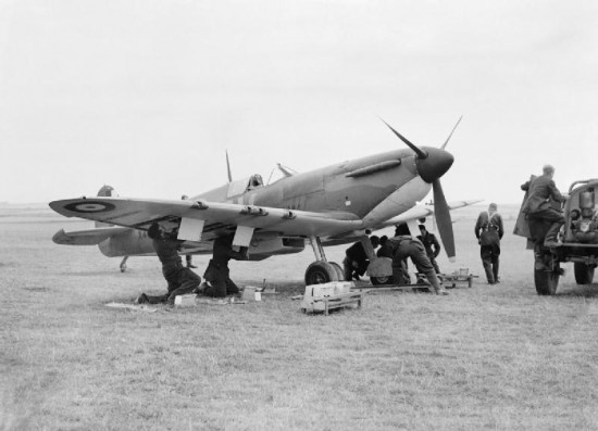 Forsyth _Spitfire_Mk_1_CH1367