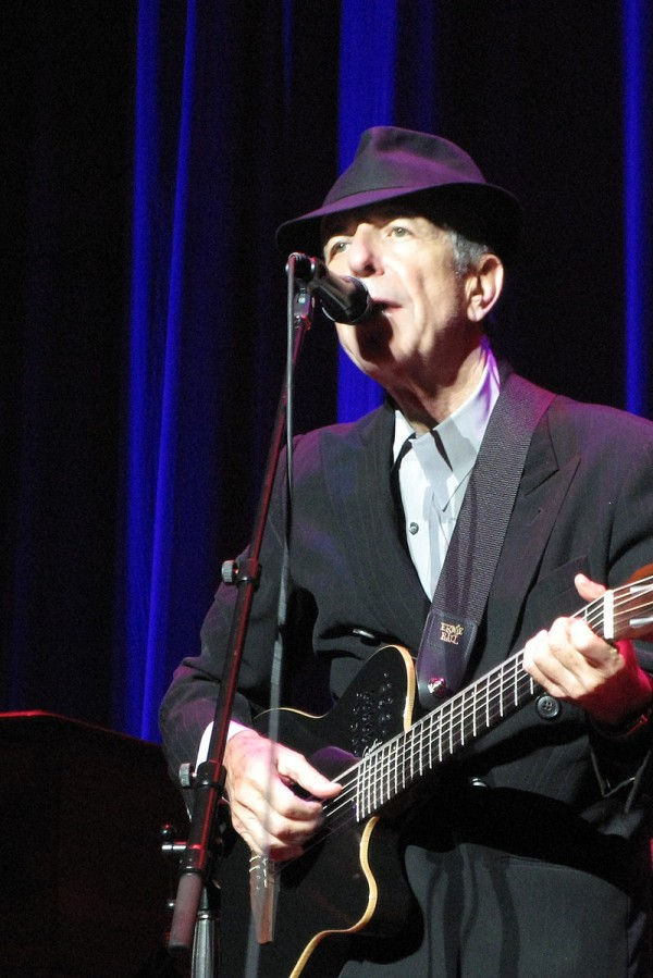 800px-Leonard_Cohen_2155