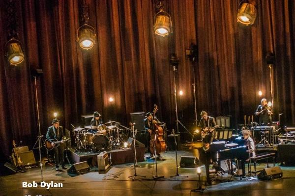 15) Bob Dylan