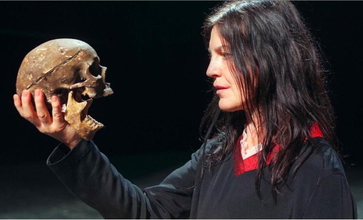 Zadek - Angela Winkler als Hamlet