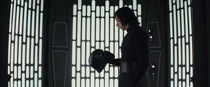 star-wars-episode-viii-die-letzten-jedi-mit-adam-driver