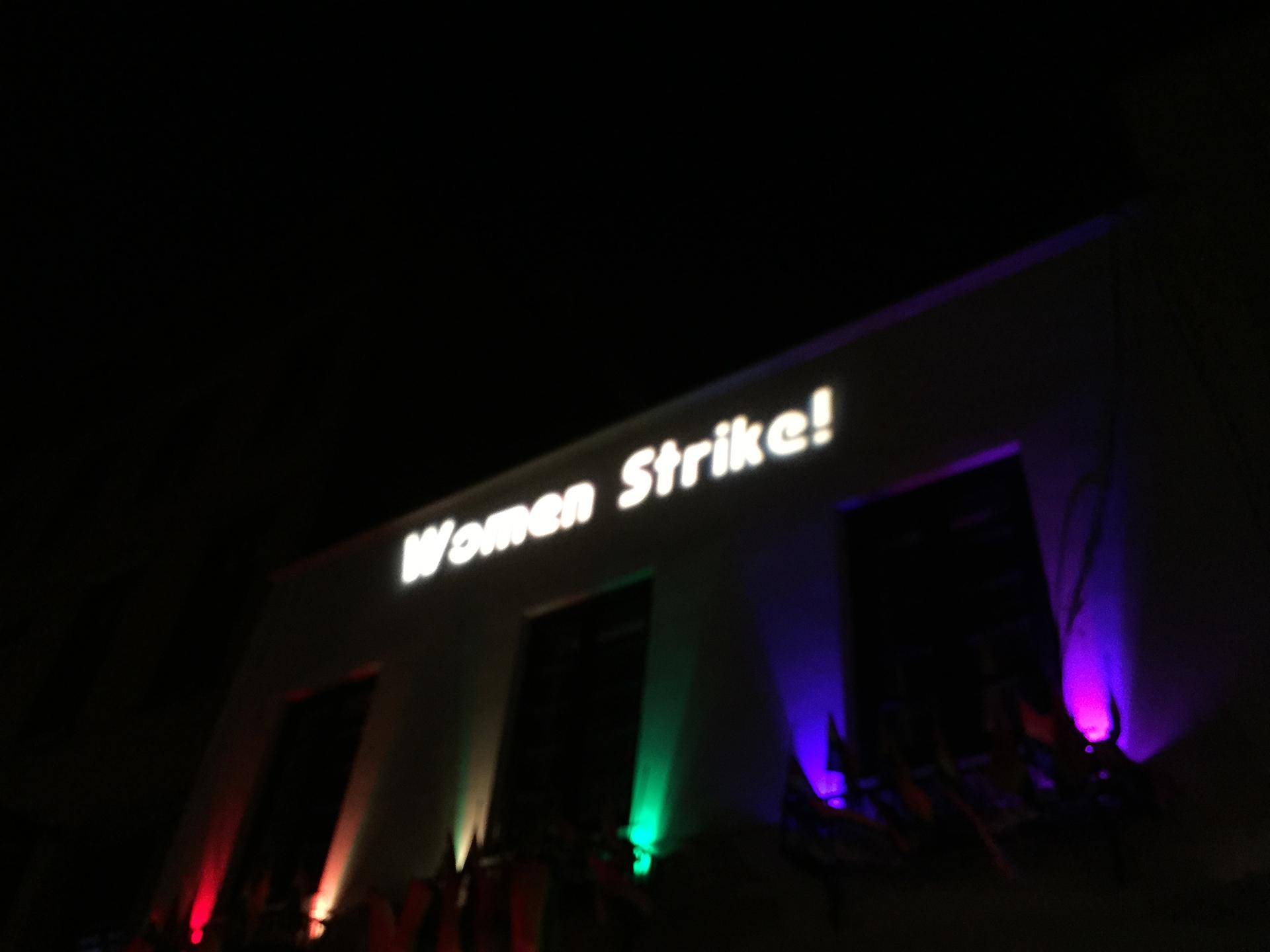 34_women_strike_eauer