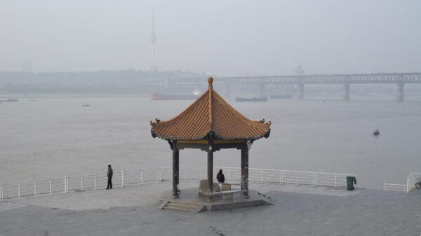 A River Runs, Turns, Erases, Replaces, USA 2021, R: Shengze Zhu, Forum 2021  © BURN THE FILM